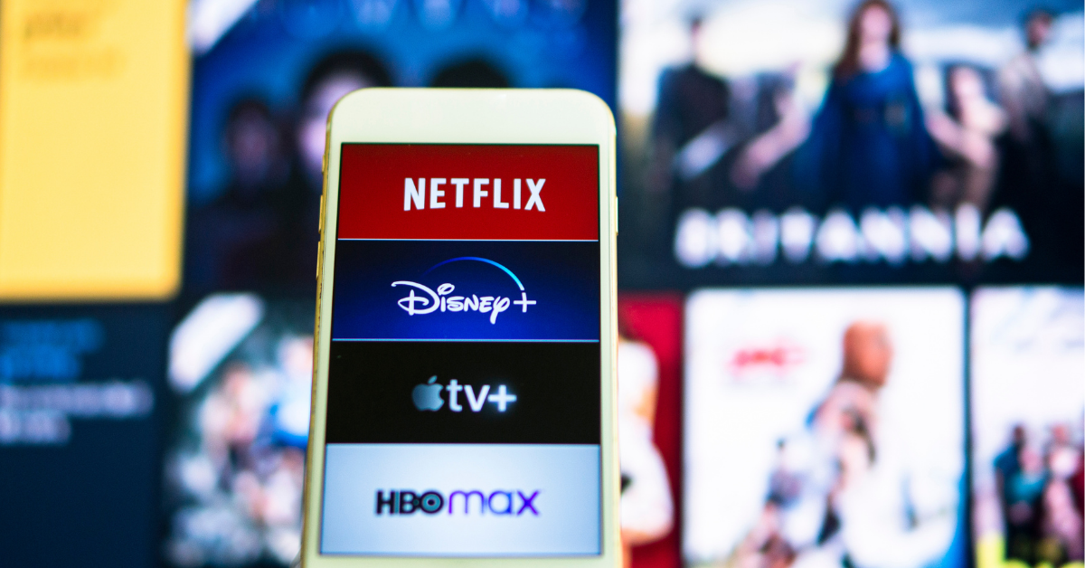 Original language vs. dubbed movies: effects on our brain