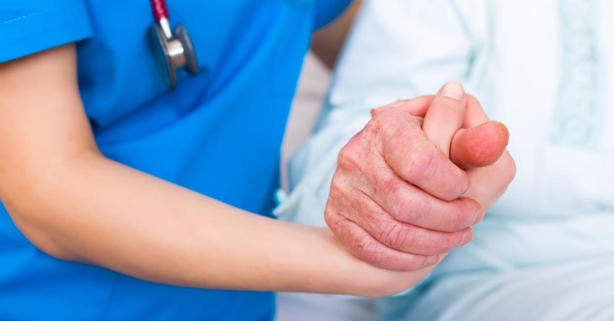 """La professione infermieristica: l'arte dello """"stare accanto"""""""